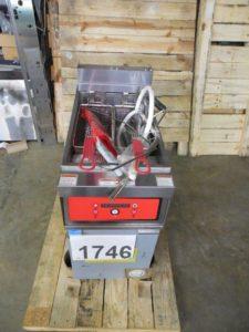 1746.04 Vulcan 1ER50DF-3 Fryer