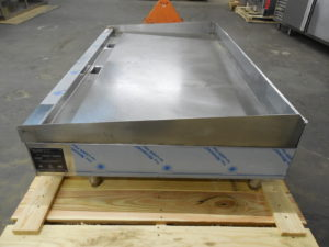 2930 Wolf ASA60-30 Griddle (8)