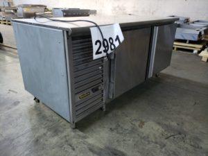 2981 Traulsen UC2LT Freezer (1)