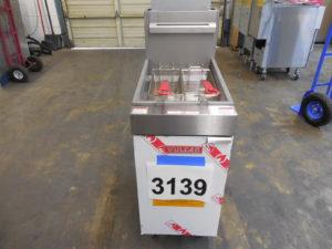 3139.06 Vulcan LG400 Fryer (6)