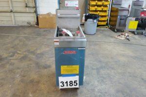 3185 Vulcan LG300 Fryer (1)