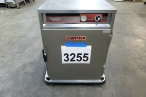 3255 Wittco 1826-7-C-IS Warming Cabinet (2)