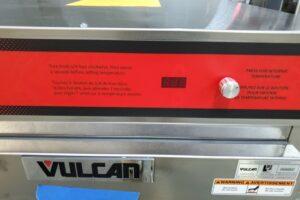 3302 Vulcan VBP7 Warming Cabinet (3)