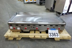 3363 Wolf ASA60-101 griddle (8)