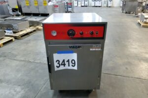 3419 Vulcan VRH8 cook and hold cabinet (2)