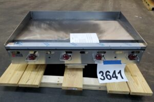 3641 Wolf AGM48-101 griddle (1)