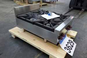 3629 Wolf AHP424-1 Hot Plate (1)