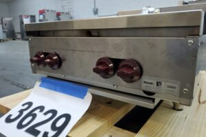 3629 Wolf AHP424-1 Hot Plate (4)