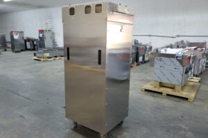 3635 Vulcan VCH16 Cook and Hold Cabinet (2)