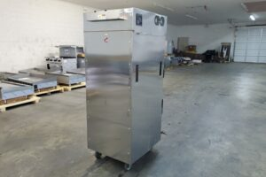 3635 Vulcan VCH16 Cook and Hold Cabinet (4)