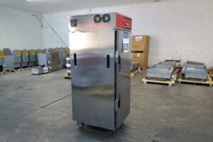 3635 Vulcan VCH16 Cook and Hold Cabinet (5)