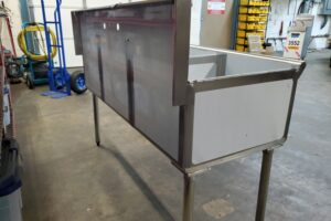 3 bay stainless commercial sink (1)
