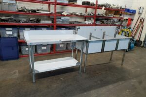 48 stainless steel prep table (1)