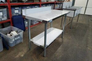 48 stainless steel prep table (4)