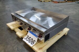 3506 Wolf AGM48 griddle (6)