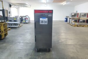 3830 Vulcan VBP15 warming cabinet (14)