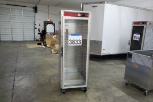 3833 Vulcan VHFA18 warming cabinet (2)