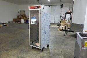 3833 Vulcan VHFA18 warming cabinet (5)